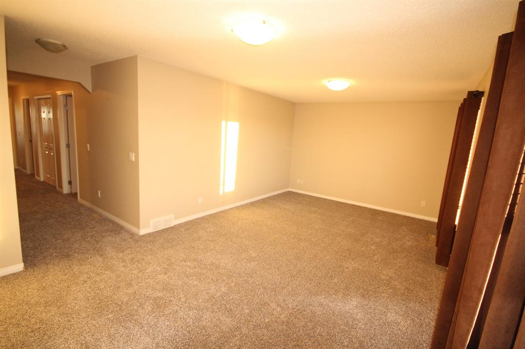 Listing A1055186 - Thumbmnail Photo # 29