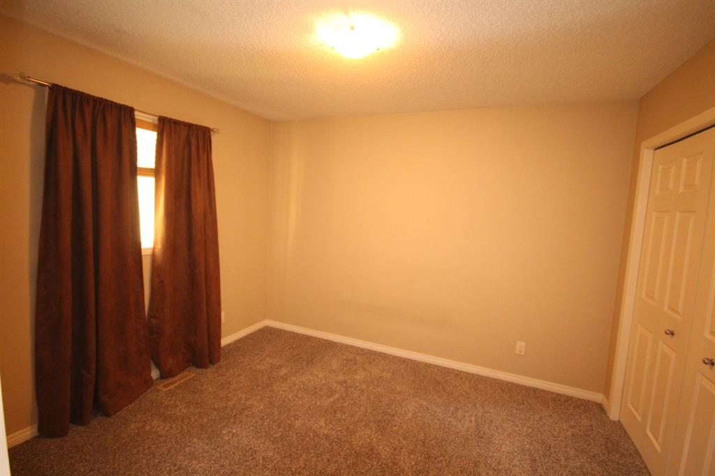 Listing A1055186 - Thumbmnail Photo # 26