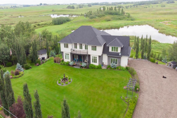 25122 Township Road 382, Rural Lacombe County