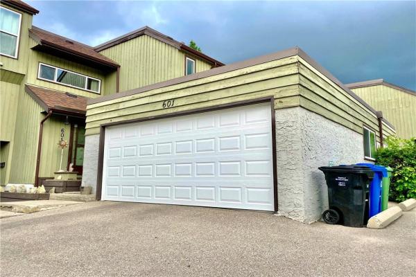 5660 23 Avenue NE, Calgary