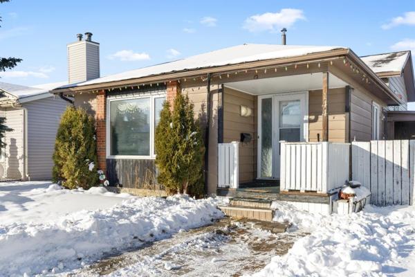 144 Whiteram Close NE, Calgary