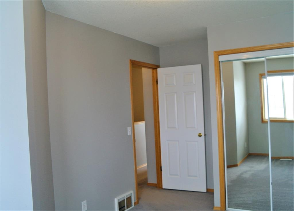 Listing A1058400 - Thumbmnail Photo # 14