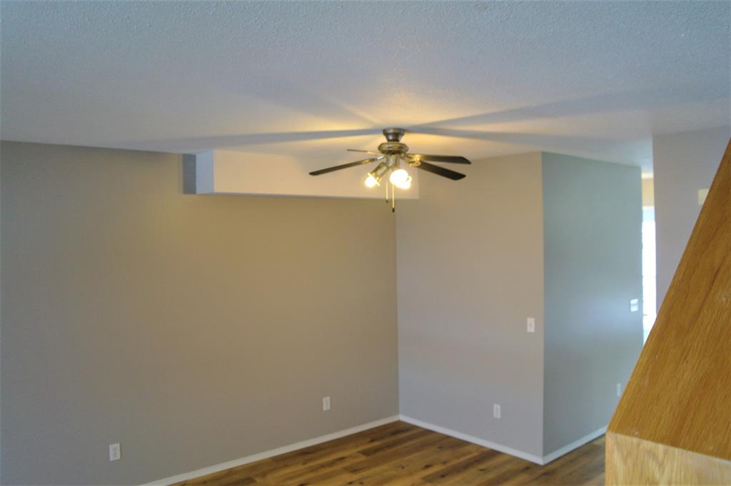 Listing A1058400 - Thumbmnail Photo # 8