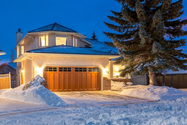 55 SILVERSTONE Road NW, Calgary