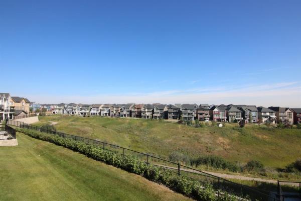 65 SHERWOOD Lane NW, Calgary