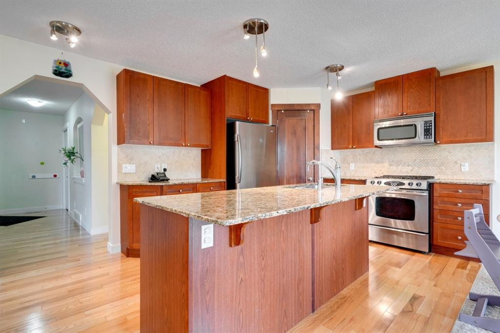 Listing A1059196 - Large Photo # 14