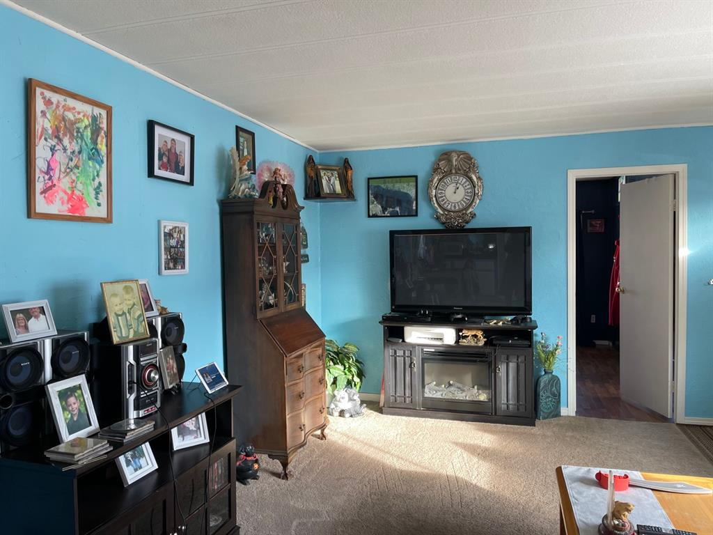 Listing A1059454 - Large Photo # 2