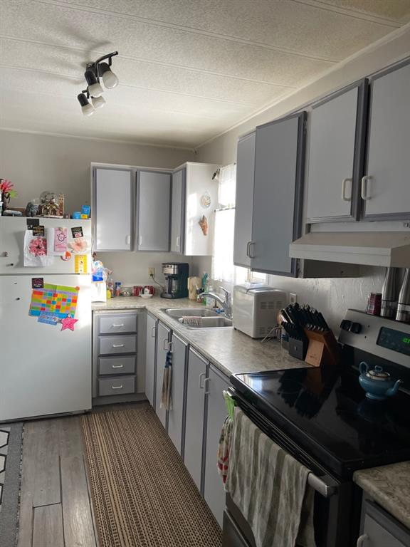 Listing A1059454 - Large Photo # 3