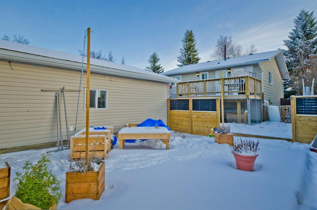 Listing A1059573 - Large Photo # 33