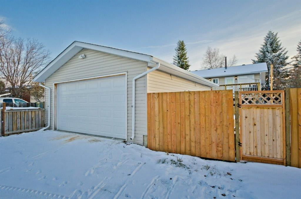 Listing A1059573 - Large Photo # 34
