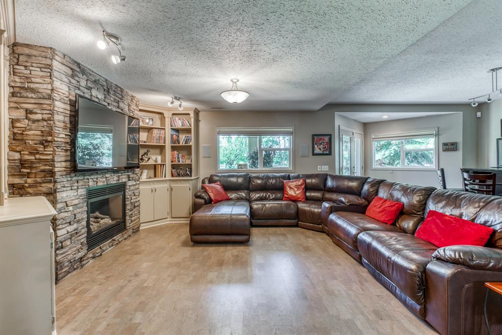 Listing A1059839 - Large Photo # 27