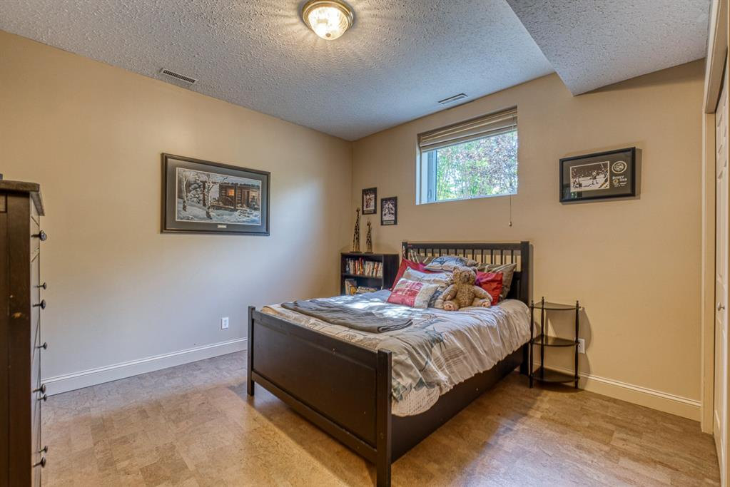 Listing A1059839 - Large Photo # 34