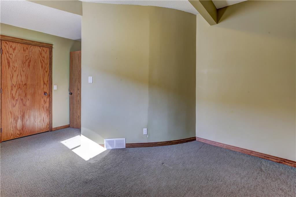 Listing A1061236 - Large Photo # 36