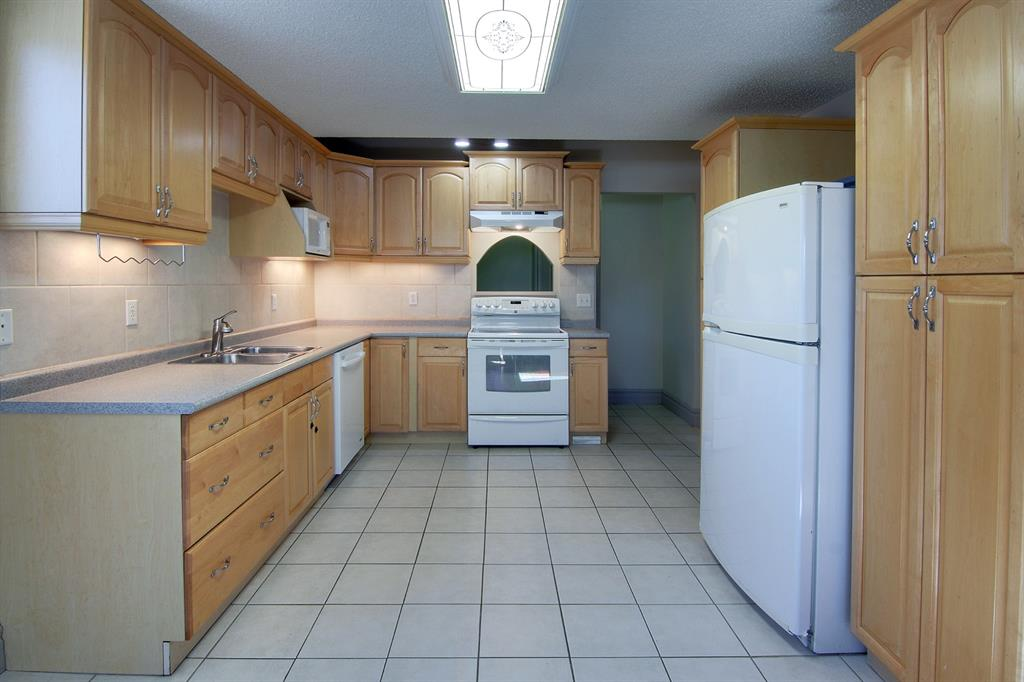 Listing A1061461 - Large Photo # 23