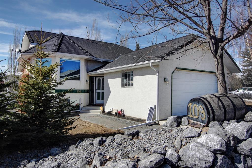 Listing A1061461 - Large Photo # 1