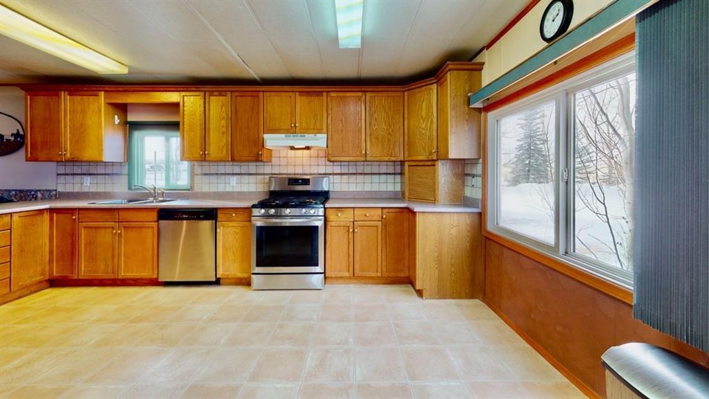 Listing A1061769 - Large Photo # 30