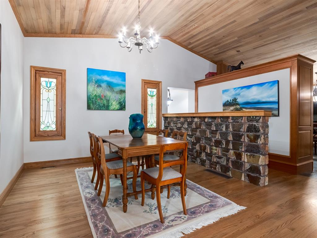 Listing A1062898 - Large Photo # 14