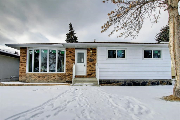703 Forest Place SE, Calgary