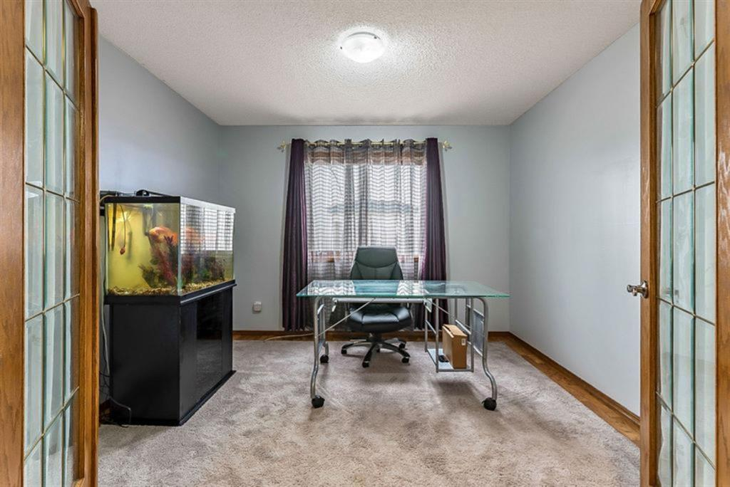 Listing A1065184 - Thumbmnail Photo # 8