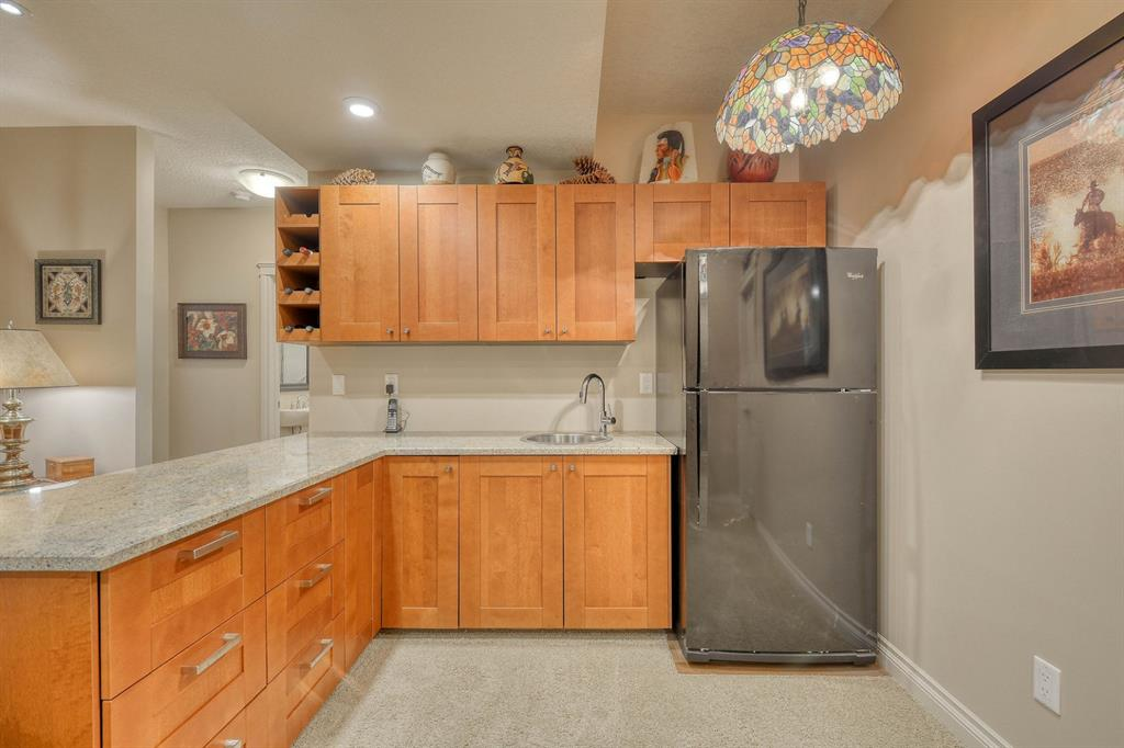 Listing A1067472 - Large Photo # 37