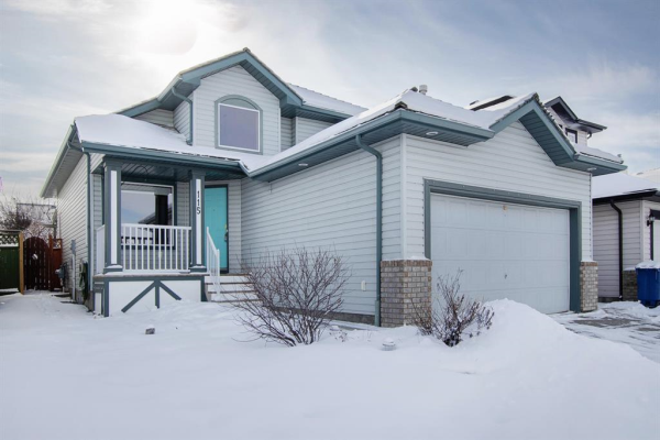 115 Woodside Crescent NW, Airdrie