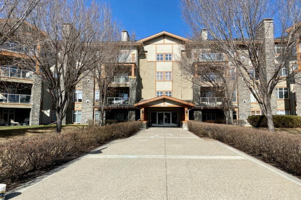 1401 Lake Fraser Court SE, Calgary