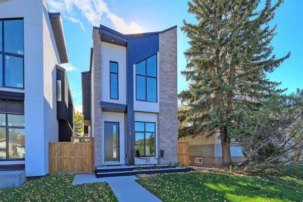 1119 15 Avenue NE, Calgary