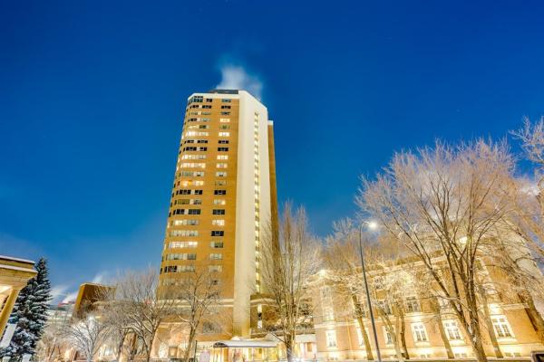 720 13 Avenue SW, Calgary