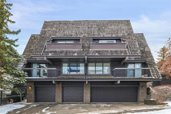 700 Ranch Estates Place NW, Calgary
