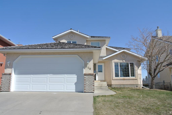 128 Lakeside Greens Drive, Chestermere