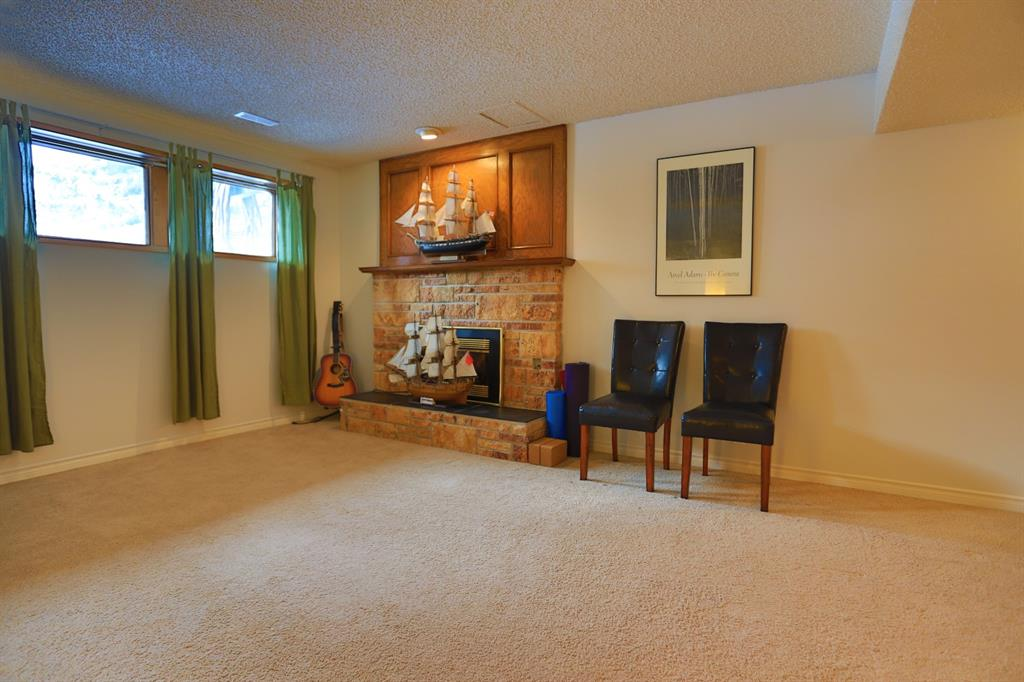 Listing A1071582 - Large Photo # 35