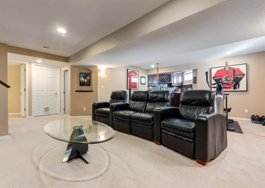 Listing A1071602 - Large Photo # 39