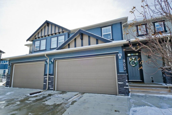 1086 Williamstown Boulevard NW, Airdrie