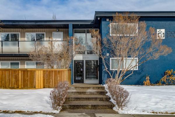 3208 19 Street NW, Calgary