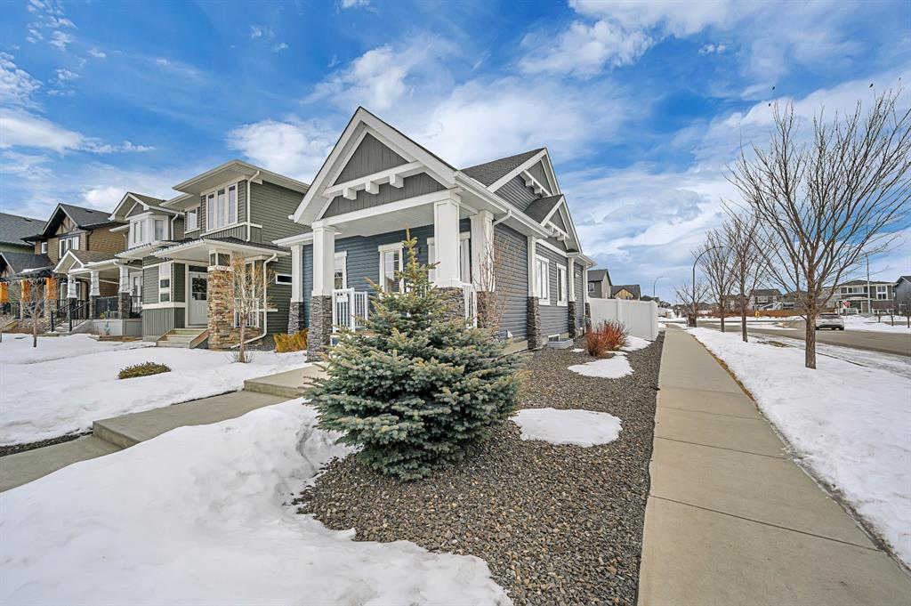 Listing A1073616 - Large Photo # 2