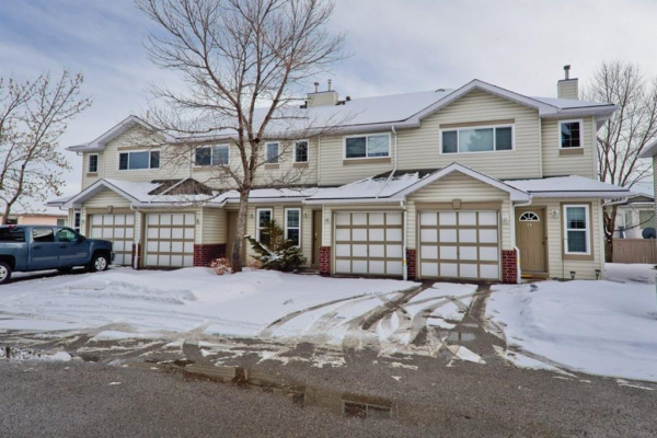 63 Harvest Glen Heights NE, Calgary