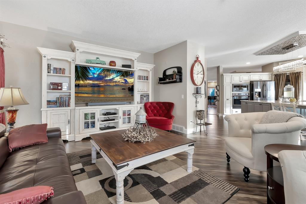 Listing A1073766 - Large Photo # 14