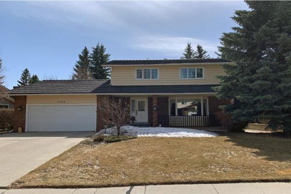 1023 Varsity Estates Drive NW, Calgary