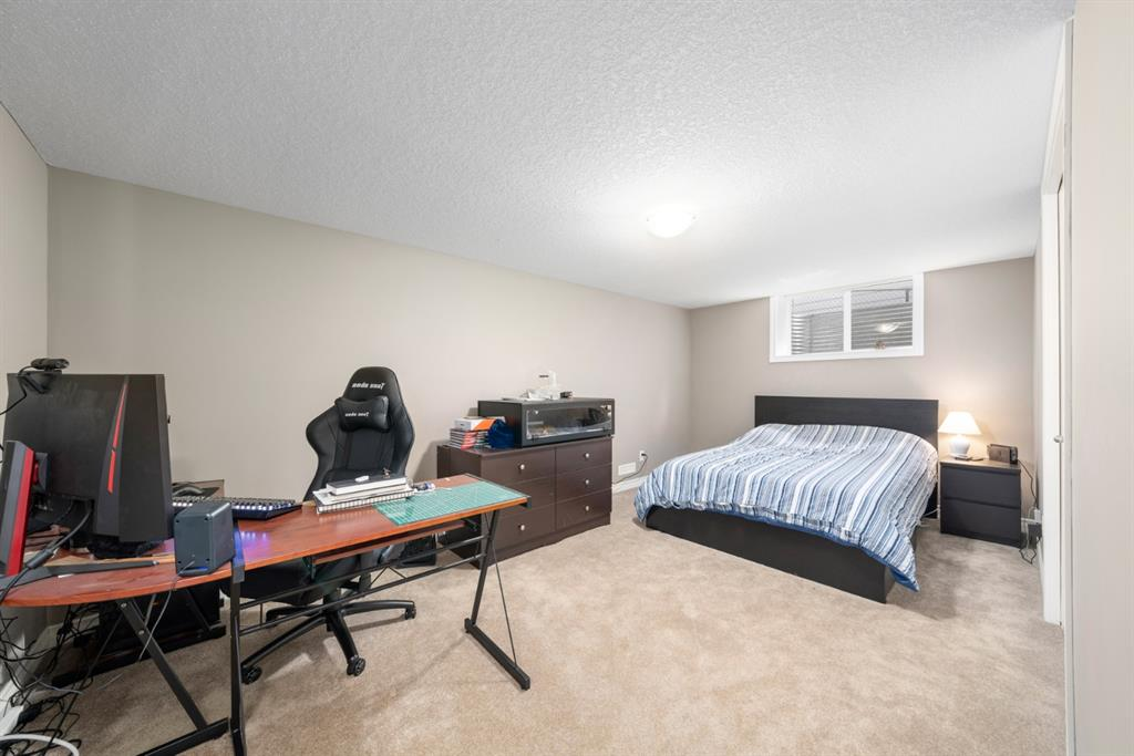 Listing A1074152 - Large Photo # 40
