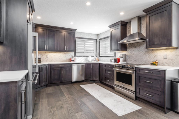 235 Canoe Drive SW, Airdrie