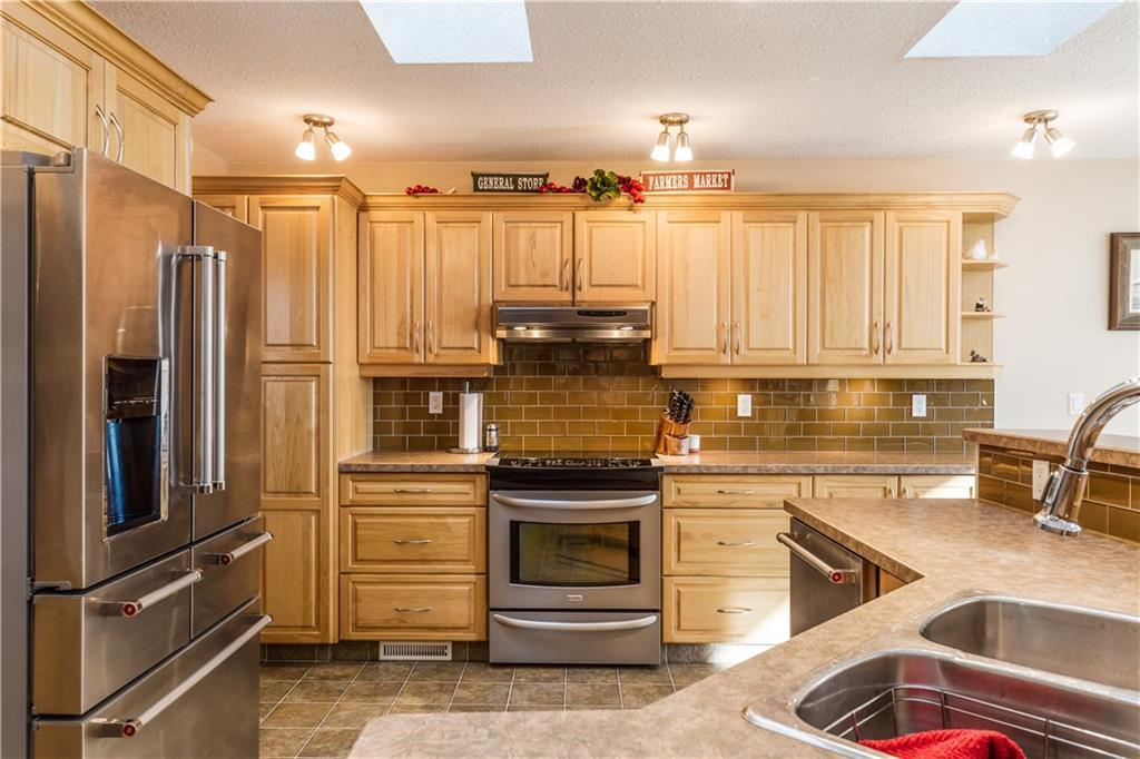 Listing A1074498 - Large Photo # 11