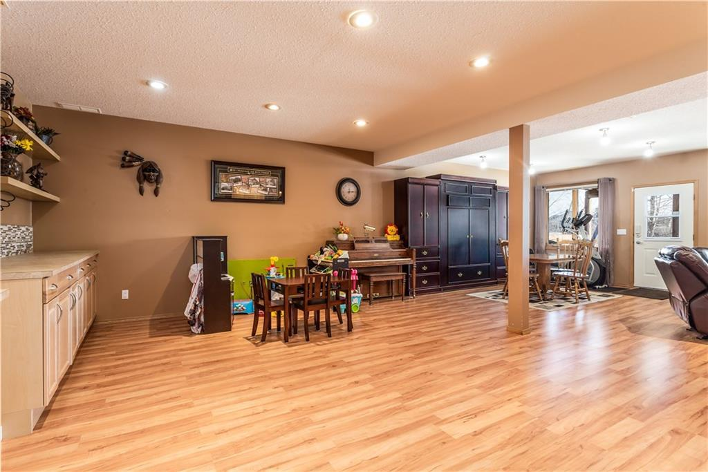 Listing A1074498 - Large Photo # 33