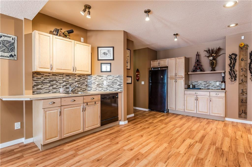 Listing A1074498 - Large Photo # 30