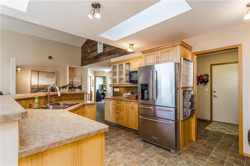 Listing A1074498 - Large Photo # 14