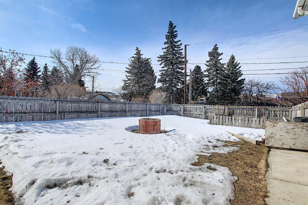 Listing A1075932 - Large Photo # 43
