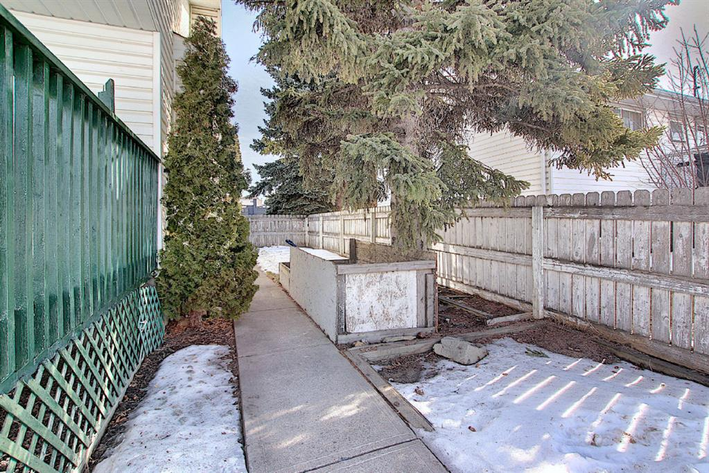 Listing A1075932 - Large Photo # 44