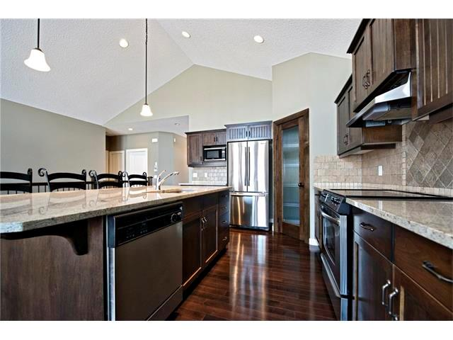 Listing A1075998 - Large Photo # 3