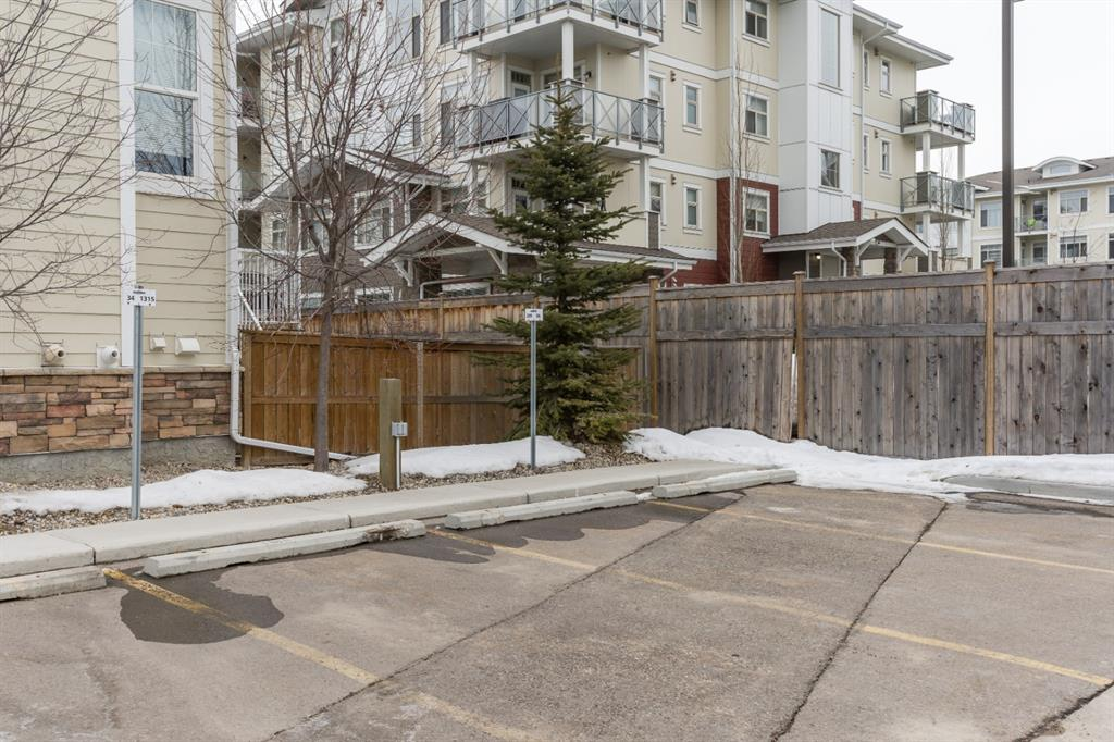 Listing A1076193 - Large Photo # 33