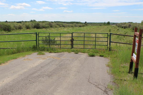 32285 Willow Way, Rural Rocky View County