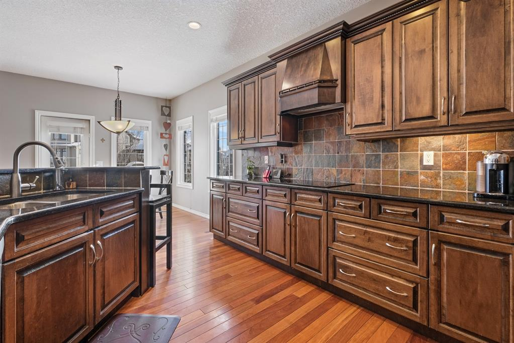 Listing A1077149 - Large Photo # 11